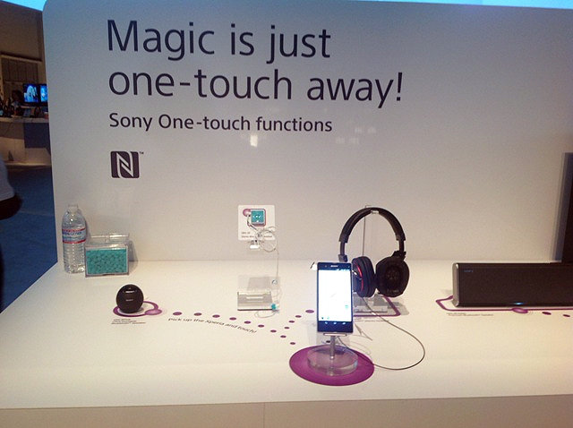 2) Sony Showed Off Its Range Of One -touch Technology Using NFC