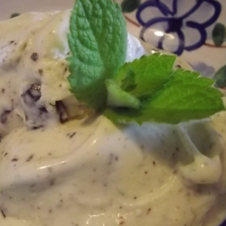 Fresh Mint & Dark Chocolate Ice Cream