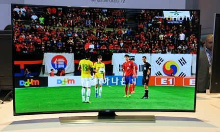 Imagine Watching The World Cup On This . Samsung 's Curved 4K TVs2