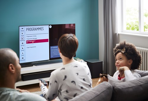 3 easy ways to connect your Smart TV to the internet