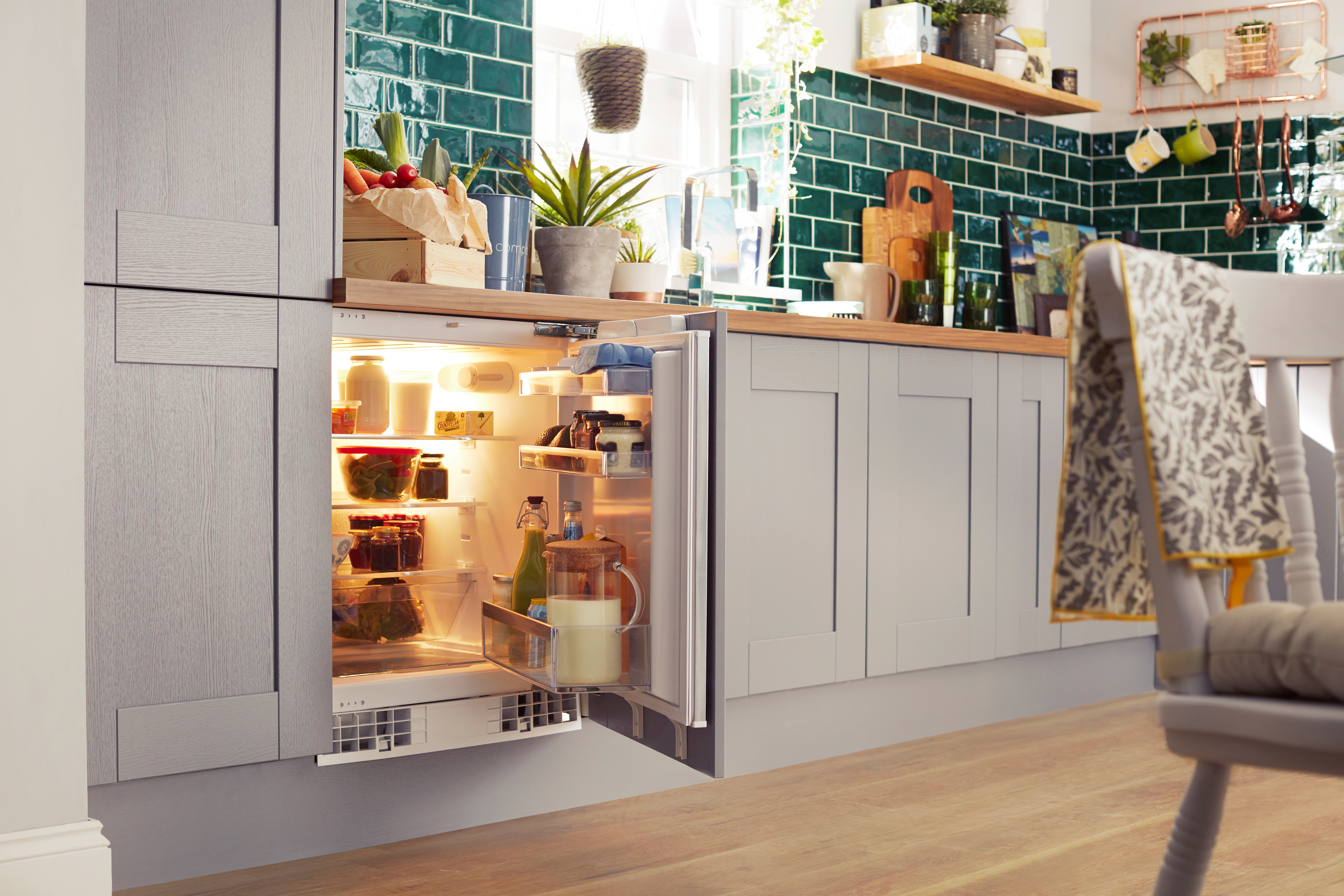 Theyu0027re Built In To Your Units And Cunningly Disguised By Cupboard Doors,  Giving Your Kitchen A Modern, ...