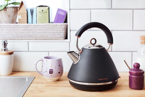 Morphy Richards Traditional Kettle