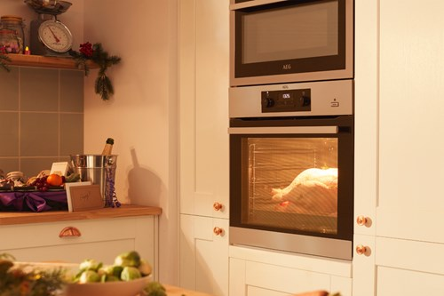 5 signs your oven is on its way out
