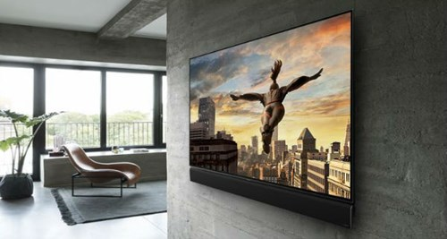 4k TV on the wall